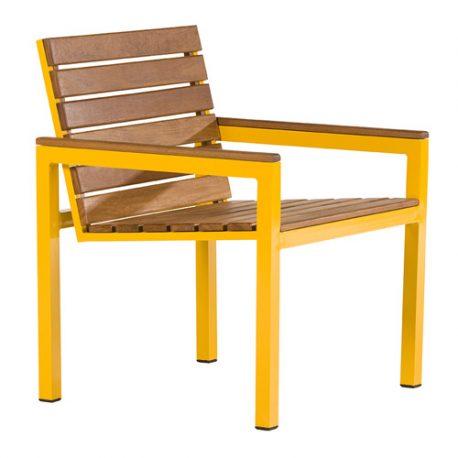 Cadeira Estrelícia Descanso Madeira